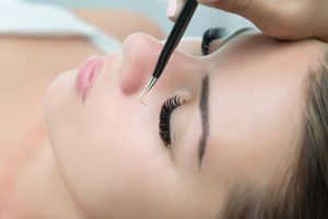 eyelash extension